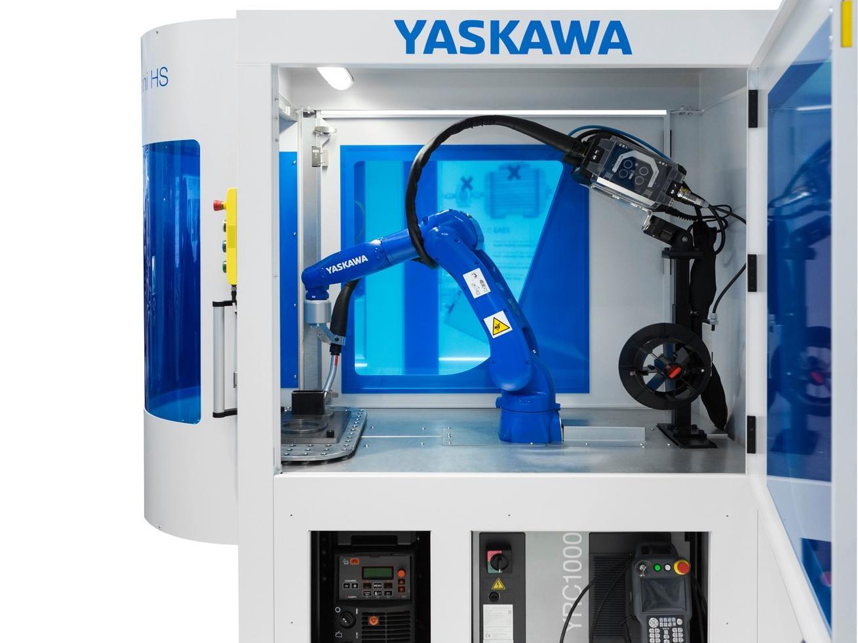 Mit der Arc-World RS Mini (hier im Bild) und einer weiteren sehr kompakten Komplettlösung erweitert Yaskawa das Arc-World-Portfolio an schlüsselfertigen, roboterbasierten Schutzgas-Schweißzellen.