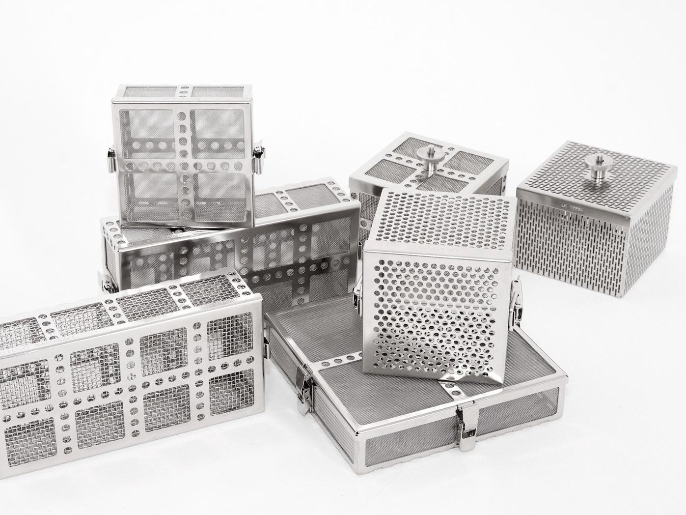 LK Mechanik zeigt auf der Parts2Clean neue Rundwaschkörbchen mit verschiedenen Verschlüssen und eine erweiterte Behälterauswahl für sein modulares System.