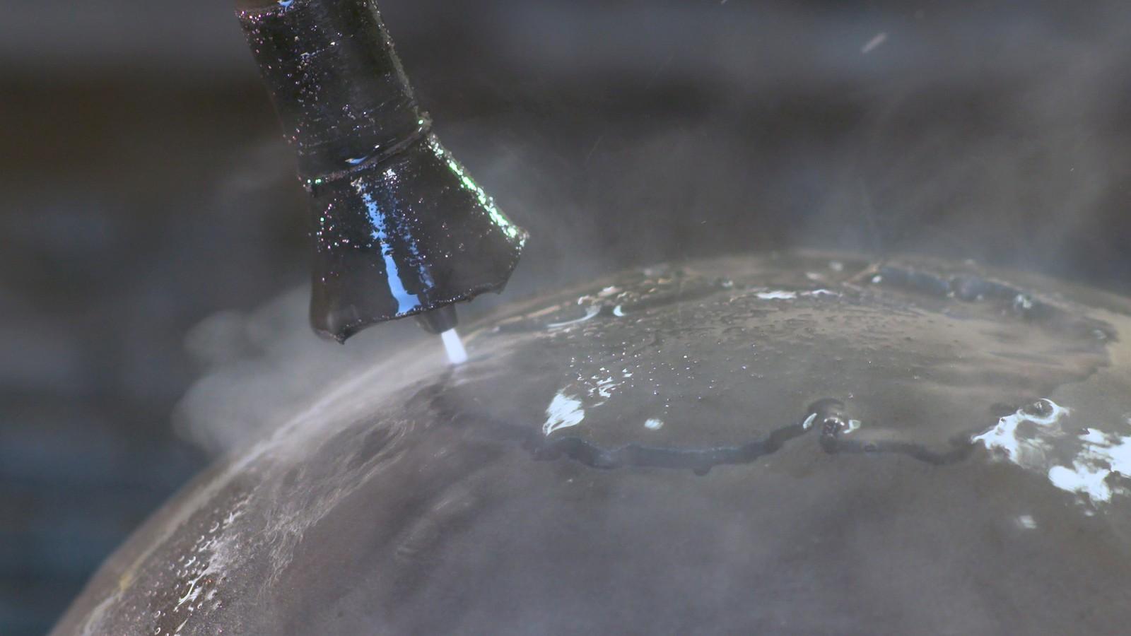 Mit 3D-Schnitten in Wasserstrahl hat sich MST Zeeland in kurzer Zeit eine starke Marktposition erarbeitet.